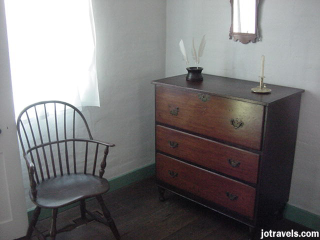 Dresser from President Ulysses S. Grant's birthplace, Point Pleasant Ohio