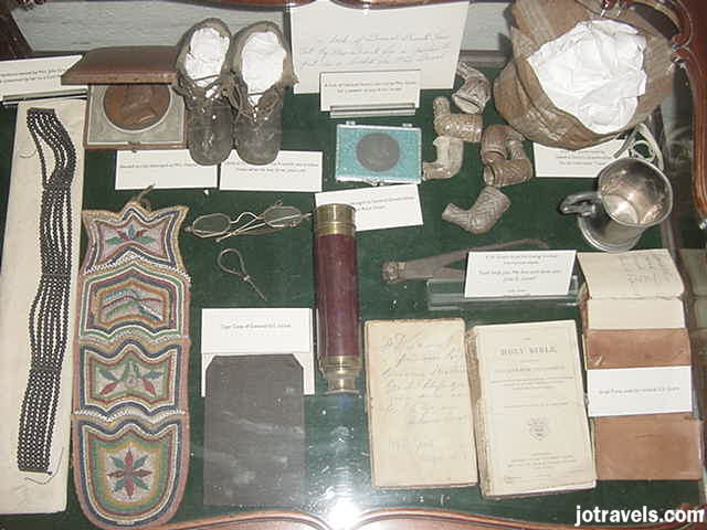 Display case showing President Ulysses S. Grant memorabilia